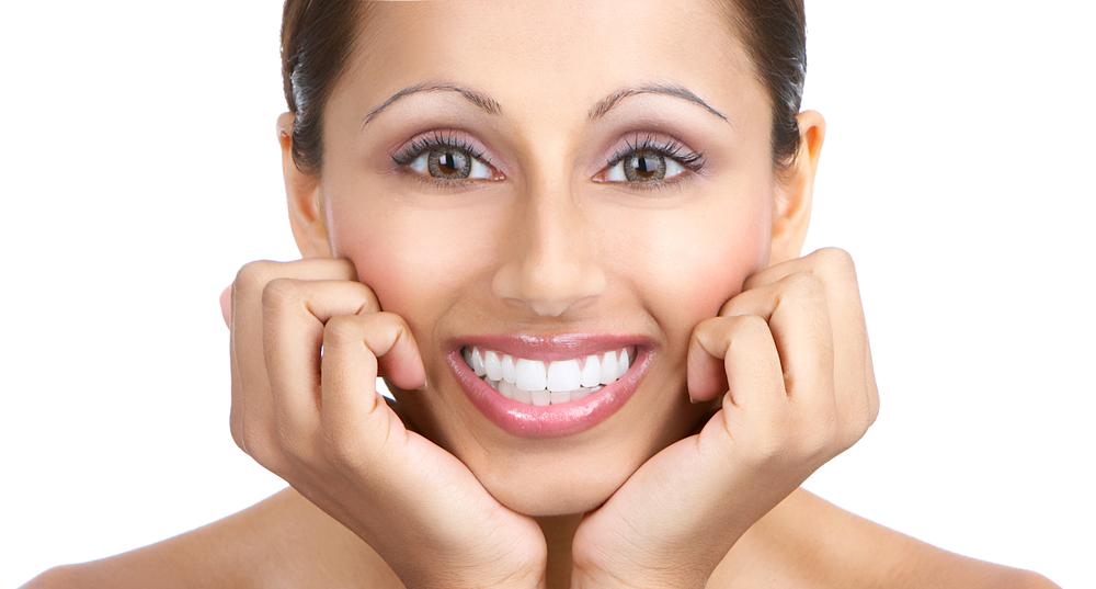 Cool White Smile Teeth Whitening